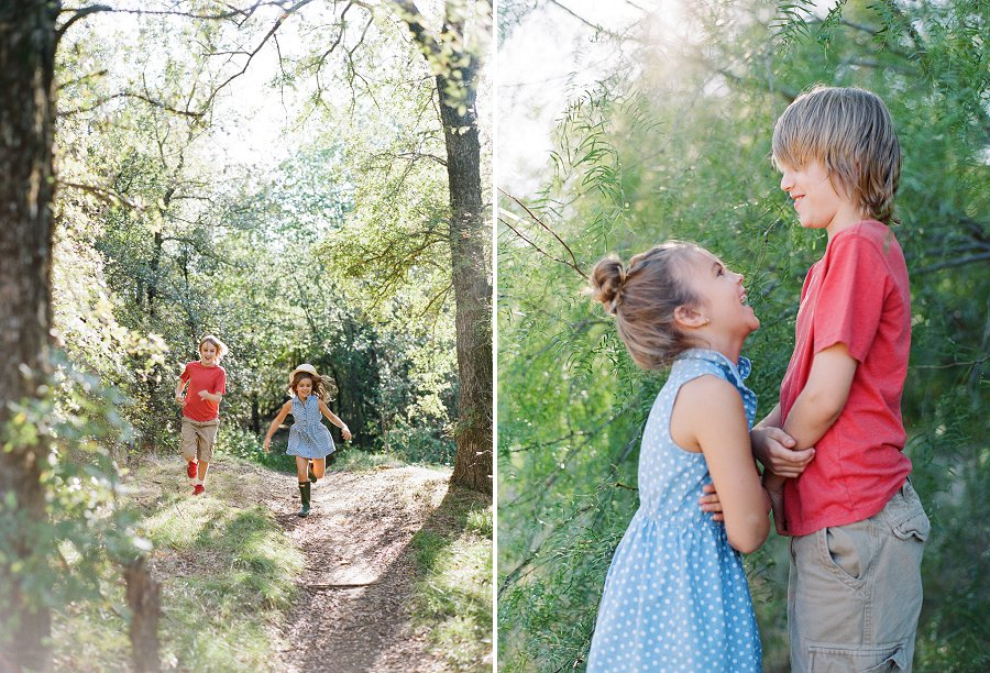 Dallas family photographer Jenny McCann captures siblings.